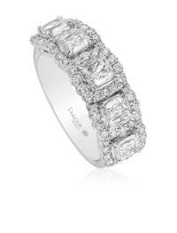 Christopher Designs L'Amour Crisscut Cushion Diamond Band