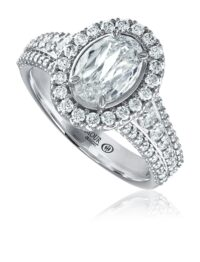 L'Amour Crisscut® oval cut diamond engagement ring