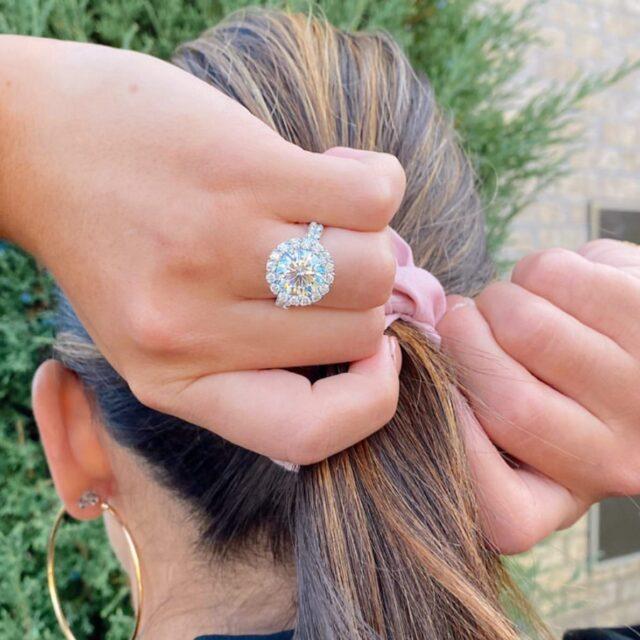 Repost @blakemansfinejewelry 💗 Beautiful capture of our Crisscut Round engagement ring! #choosecrisscut #madeinnewyork #christopherdesigns